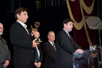 CCP_6776-ceremony-PLH-emmy-acceptance-address-closer.jpgのサムネイル画像
